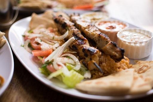 si fanno cuocere sui carboni et voil vi ritroverete nel piatto uno dei cibi pi popolari di tutta la grecia si possono utilizzare per farcire la pita o